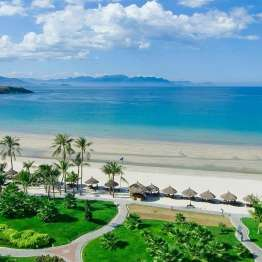 da-nang-beach-exotic-new-year-2020-vietnam